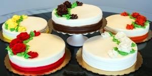 Gluten Free Love Cakes All